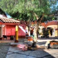 Espacios tan emblemáticos qué difícil es comprender a Tijuana sin ellos: Plaza Viva Tijuana & Plaza Pueblo Amigo