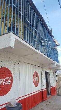 Casas en Venta en Tijuana, Col. Sánchez Taboada, Propiedad con Local Comercial