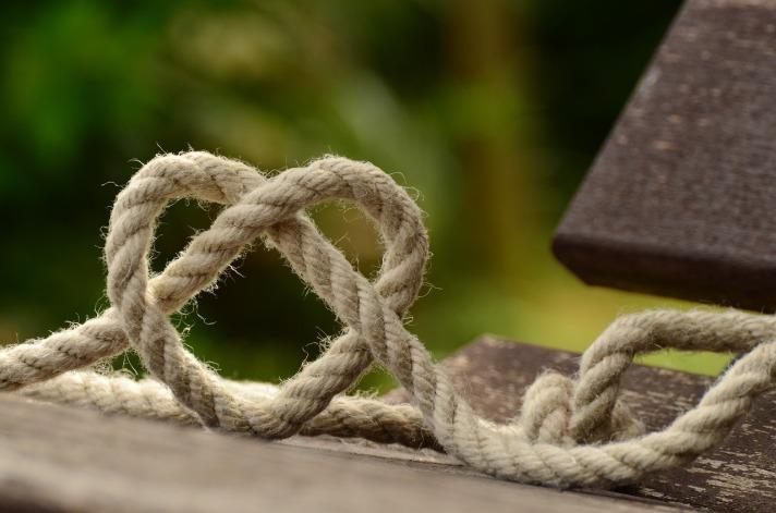 Amor, Amor en Todos Lados, El Amor está en el Aire, y Si Muero Que Sea de Amor Por Ti